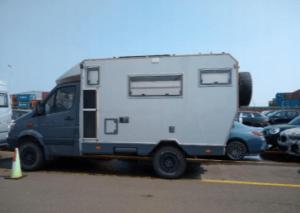 camper-tiny-03