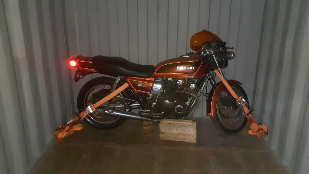 motos-tiny-07